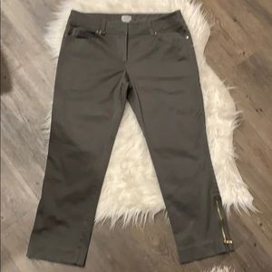 Cache Cropped Skinny Pants - Sz 8